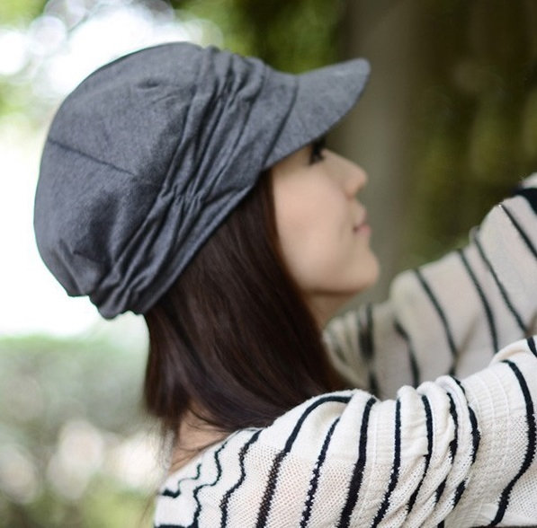 ... šátkyDámská podzimní jarní čepice – šedá. Sleva. 21. 22 eab84d5cd5