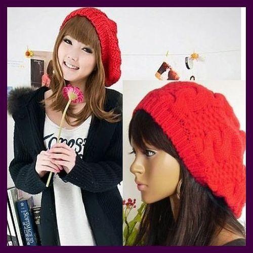 Dámská pletená čepice baret – červená – LOOKeshop d5710732f8