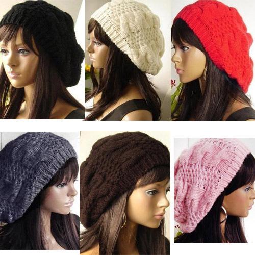 Dámská pletená čepice baret – šedá – LOOKeshop ae577e1fa8